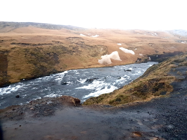 aloma-skogafoss-rivertop-waterfall2-edit