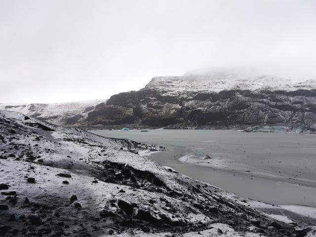 aloma-solheimajokull-glacier-goingback3-edit